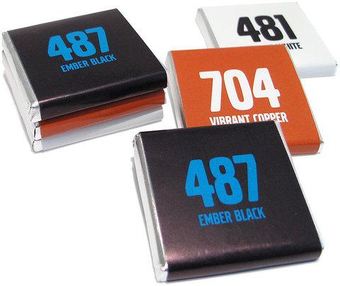 Chokladbitar 5 grams med reklamtryckt banderoll