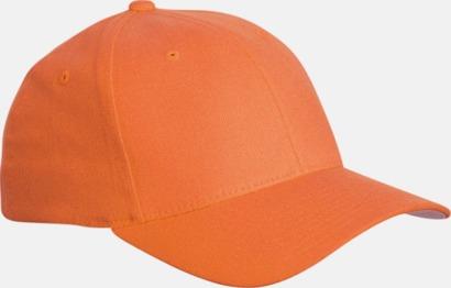 Orange Flexfitkeps med egen brodyr