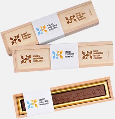 Designad text av choklad